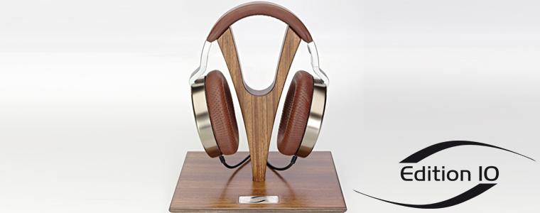 Echte Eyecatcher sind die Y-Kopfhörerständer Edition 10 aus Zebrano von der Schreinerei Bommersbach in Schongau im Pfaffenwinkel