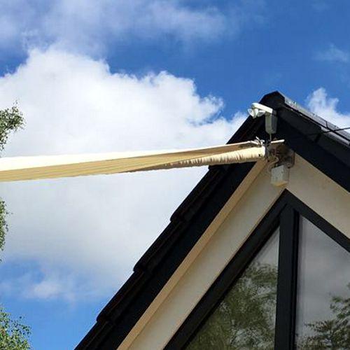 Dachterrassen Sonnensegel Dachsparrenbefestigung